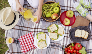 How To Plan a Romantic Picnic for Two in Southern California
